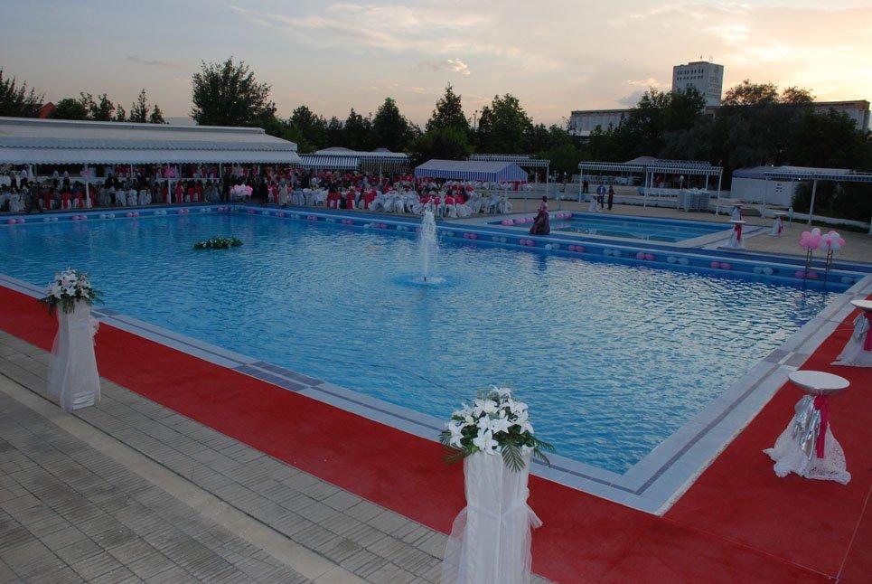 Ankara Demirspor Yüzme Havuzu