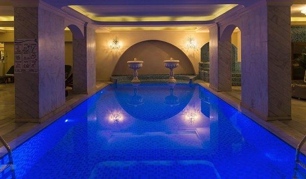 İç Kale Otel Kapalı Yüzme Havuzu