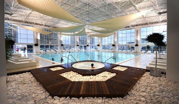 UnitedClubs Zirvekent Yüzme Havuzu